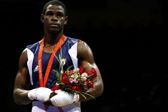 El cubano Emilio Correa en boxeo. ¡No te pierdas toda la cobertura de lo...