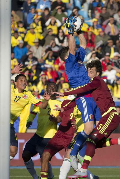 En el partido se vio mucha garra por parte de ambas selecciones.