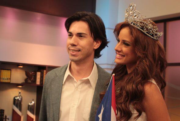 Durante todo su recorrido por Univision Puerto Rico, Aleyda no paró de s...