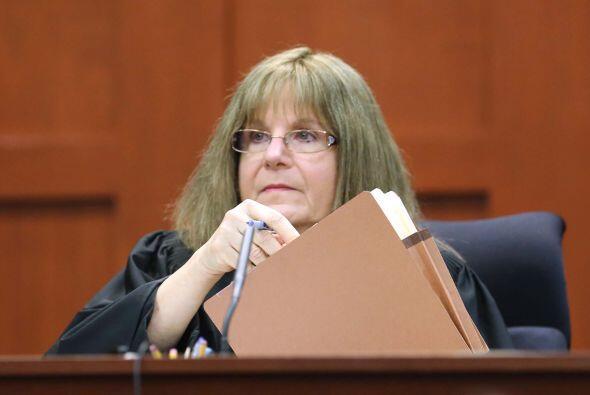 30 de agosto de 2012. La Juez Debra Nelson reemplaza al Magistrado Lester.