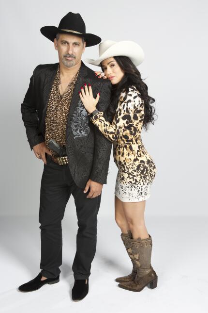 Julio Bracho y Danna García