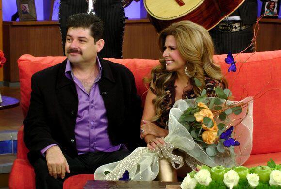 La boda se llevará a cabo el próximo 5 de abril, Carmen ti...