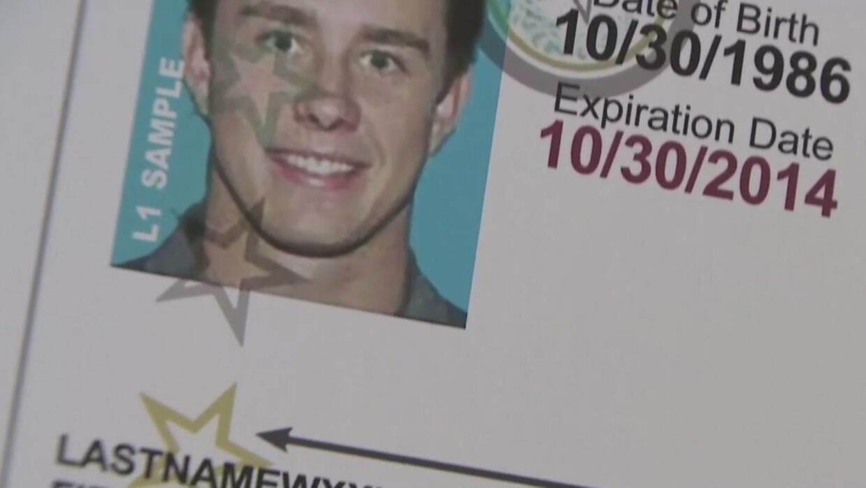 Invalidan la ley de identificación de votantes que había sido firmada po...