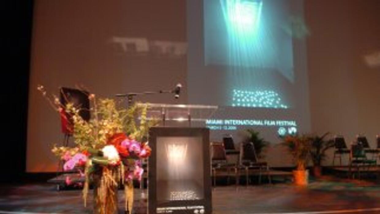 Miami se prepara para su International Film Festival, mostrando una cole...