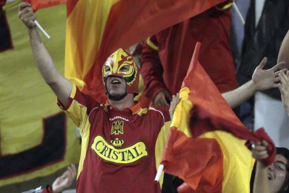 Otra máscara, otra razón para alentar en la Libertadores, el personaje e...