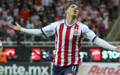 Chivas ha dejado ir puntos valiosos en casa.