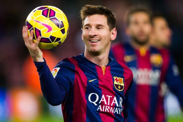 El astro argentino Lionel Messi está de fiesta al cumplir 28 años, aquí...