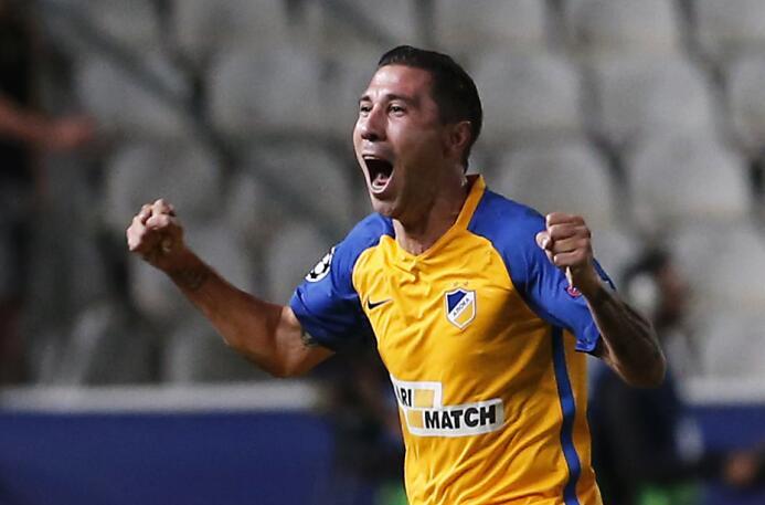 Cómo llegó Raúl Gudiño a ser el primer arquero mexicano en debutar en un...