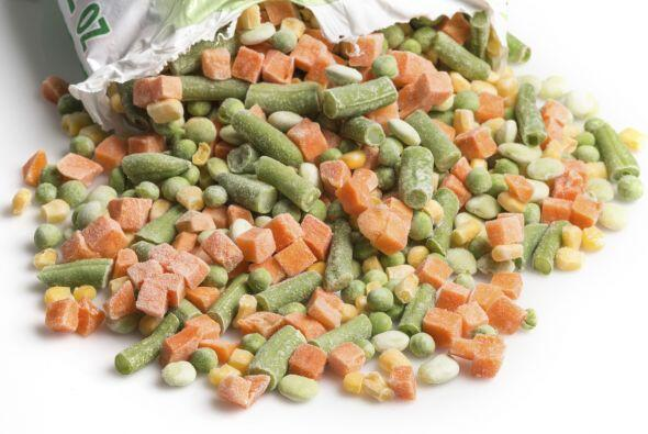 3. Utiliza vegetales congelados. Te permiten ahorrar tiempo, ya que no t...