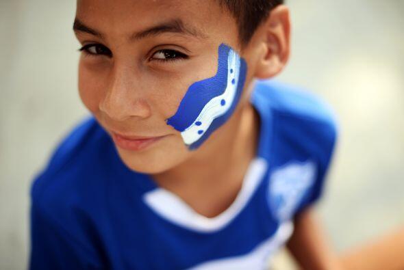 Los niños son fieles seguidores de la seleción hondureña cuando juegan f...