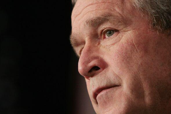 George W, Bush fue el presidente número 43 tras derrotar en una polémica...