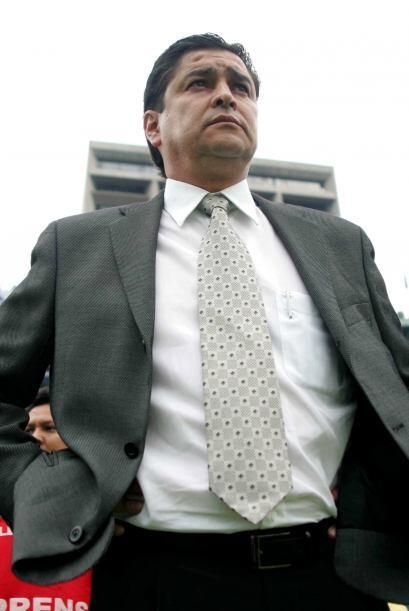 El mismo caso le ocurrió a Luis Fernando Tena con Cruz Azul, ya que en l...