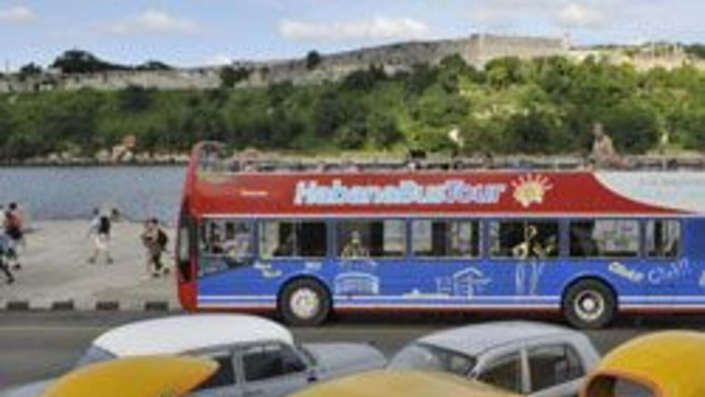 Congreso aprobó levantar restricciones de viajes a Cuba 911ee3d587e544dd...