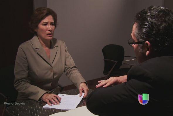 Agustina interpone una demanda de divorcio contra Dionisio, no quiere na...