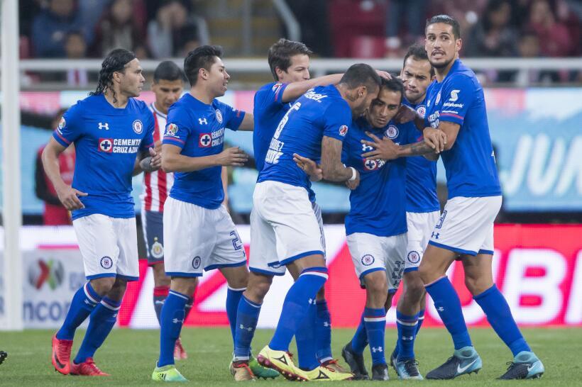 Cruz Azul venció 3-1 a Chivas en la fecha 2 del Clausura 2018 gol-rafael...