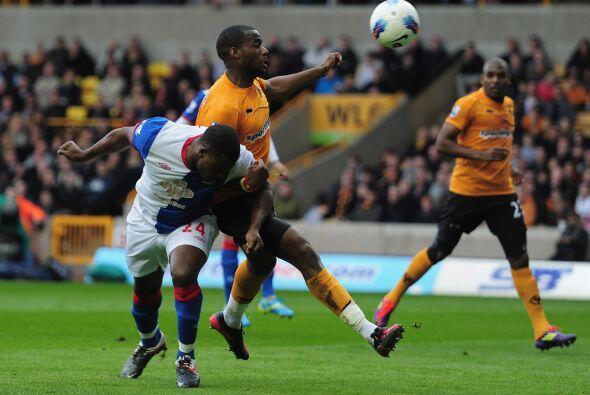 Wolverhampton recibió la visita del Blackburn Rovers y no supo imponer s...