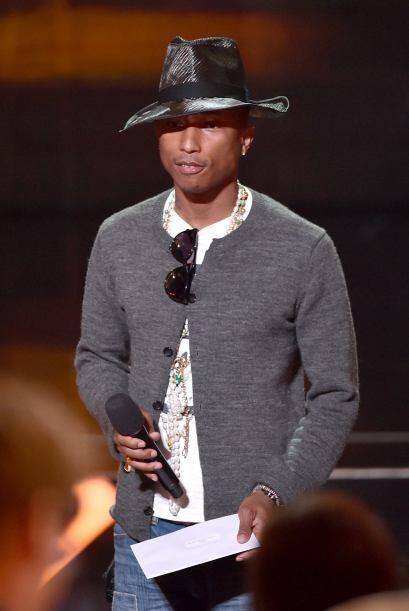 Pharrell Williams fue otro de los artistas que esperaba el público con m...