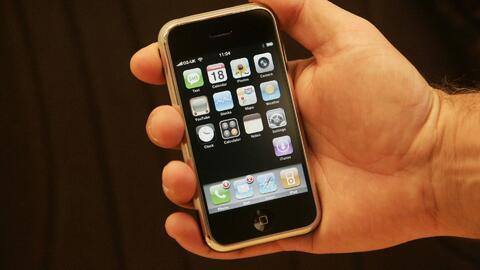 Diez años del iPhone, el teléfono que revolucionaría para siempre la for...
