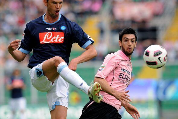 A partir de allí el Palermo se despertó y se hizo dueño del balón.