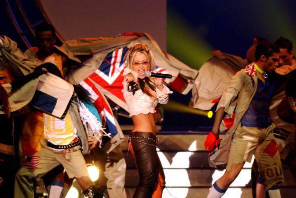 Anastacia fue la encargada del himno musical del mundial en el 2002.
