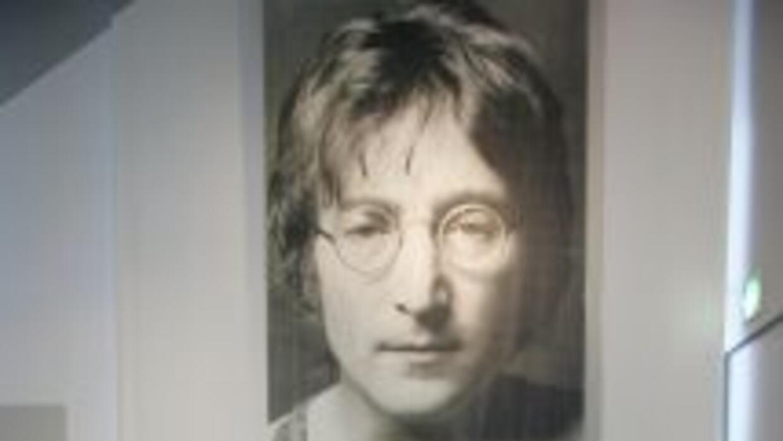 Se subastan articulos de John Lennon