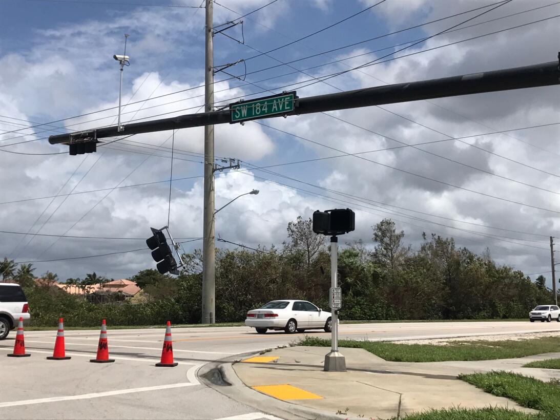 In photos: Getting home after Hurricane Irma road closedbb7d7b70-55eb-44...