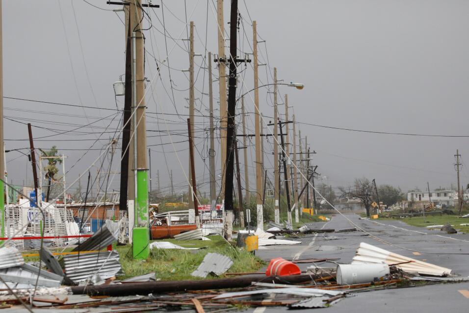 Marc Anthony alza su voz por Puerto Rico, devastado como nunca por los h...