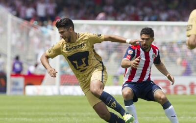 Pumas se impuso a Chivas en CU