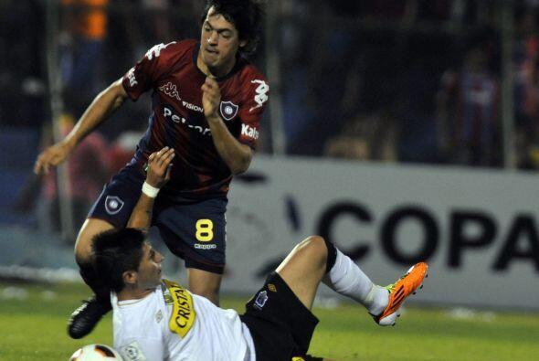 Gracias a su doblete, el punta Nanni, ex jugador de San Lorenzo y Vélez...