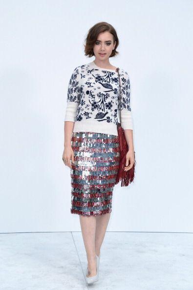 Lily Collins usó los colores rojo, blanco y azul para un estilo r...