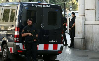 Mossos de Esquadra practican detenciones en Ripoll