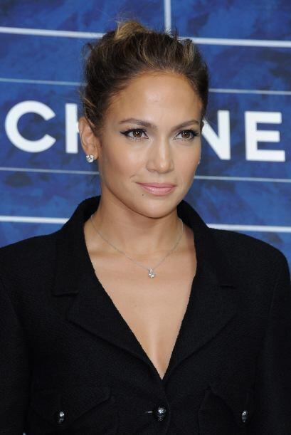 JENNIFER LOPEZ- Los tratamientos para rostro que recibe Jennifer le cues...
