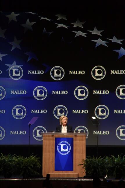 La aspirante a la presidencia de Estados Unidos participó en la conferen...