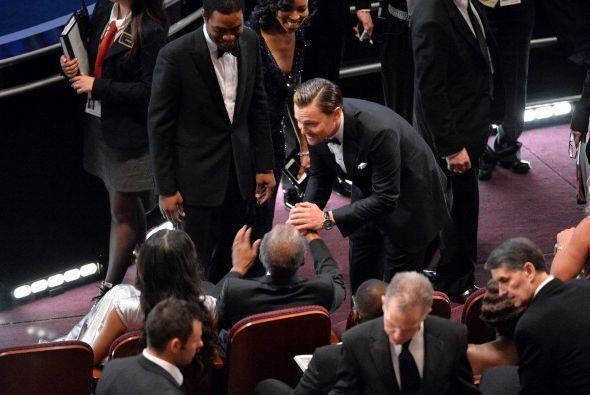 DiCaprio al único que le hizo caravanas, y muy merecidas, fue a Sidney P...