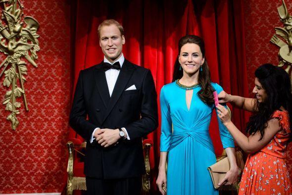 En fin, junto a William luce un poco mejor.