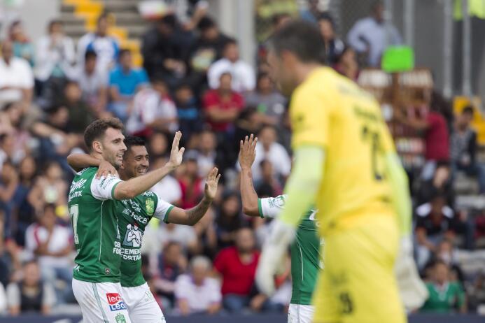 León y su 'Chavo' ya son segundos de la general tras golear a Lobos BUAP...