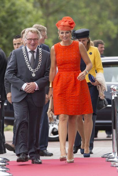 Máxima de Holanda sigue dando lecciones de estilo y simpatía en cada eve...