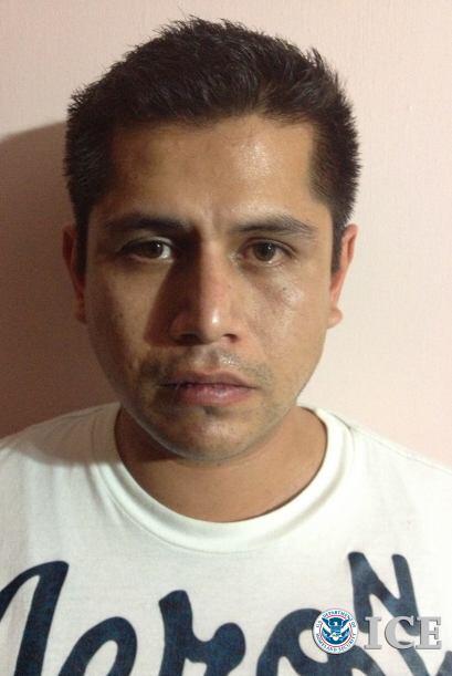 En esta foto, Eduardo Arturo Romero Barrios, de nacionalidad mexicana, d...