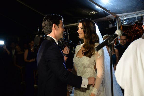 El amor entre Vanessa y Jorge salta a la vista.