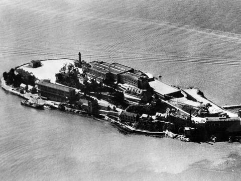 La isla de Alcatraz cumple 50 años desde que dejó ser una...