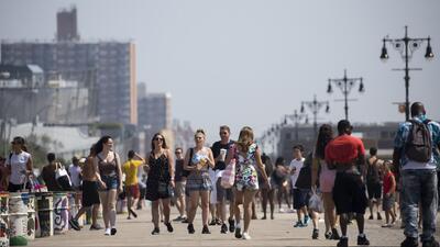 Así lidian los neoyorquinos con las altas temperaturas que azotan a la ciudad