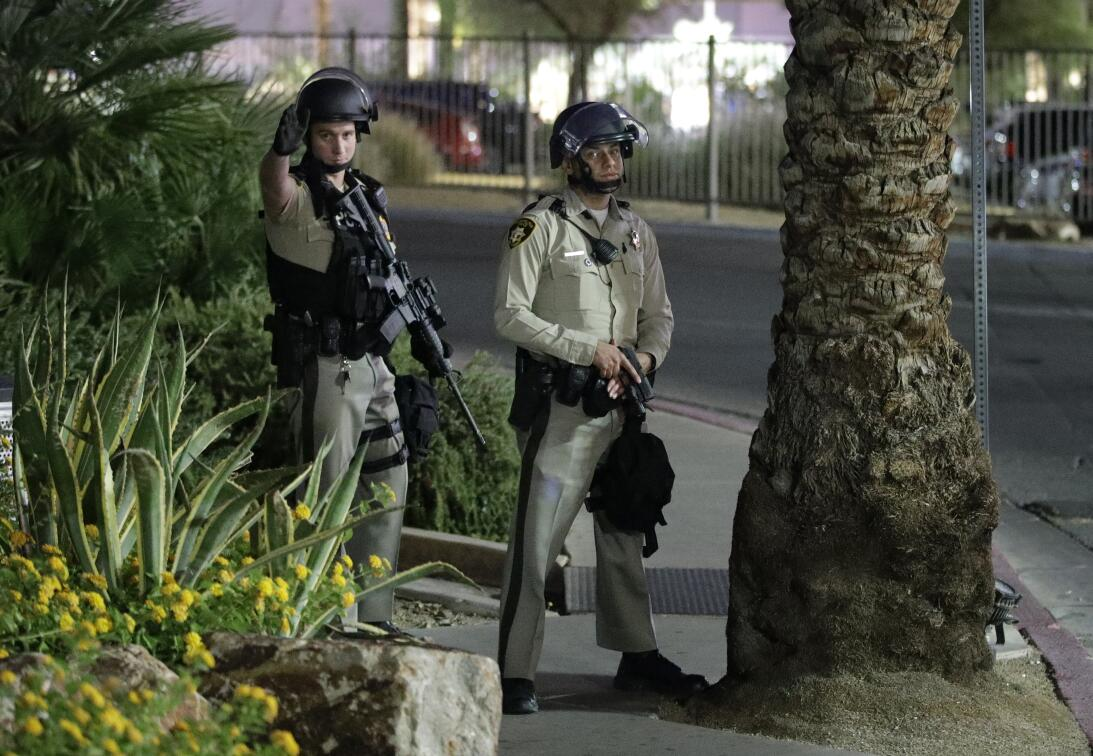 El tiroteo se registró poco después de las 10 PM (hora de Las Vegas) y d...