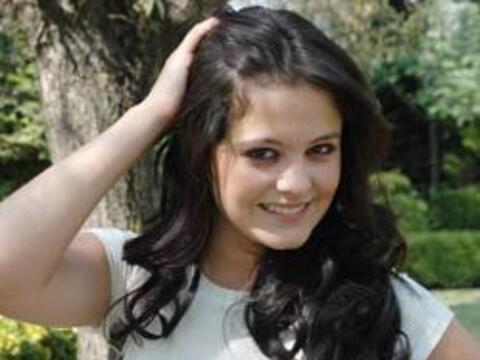 Allisson Lozz joven actriz y cantante mexicana quien protagonizó...