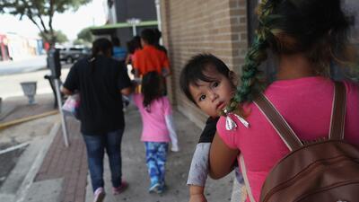 "Jueces de inmigración confirman que miles de citatorios enviados por ICE son ""falsos"""