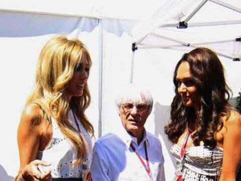 El patrón supremo de la Fórmula 1, Bernie Ecclestone, con...
