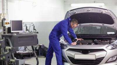 Es importante acudir a un taller autorizado cuando tu auto tiene un recall.