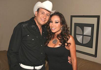 Yolanda Pérez, lleva la música en los genes, padres y abuelos cantantes...
