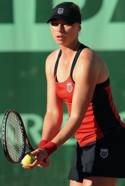 Zvonareva, con marcador final de 4-6, 7-5 y 7-5 enfrentará en el...