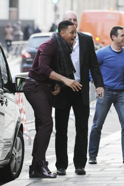 Así se puso Will Smith al llegar a la lujosa tienda en Paris del reconoc...
