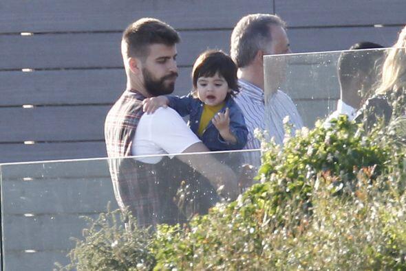 ¿Qué viste Milan? El bebé tenía una cara de sorpresa y Gerard ni siquier...